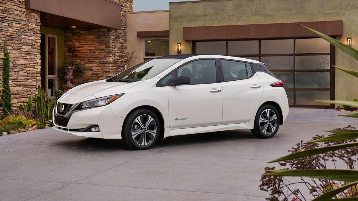 Nissan Leaf 2018 fährt nun 375 km elektrisch